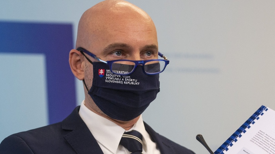 Minister školstva Branislav