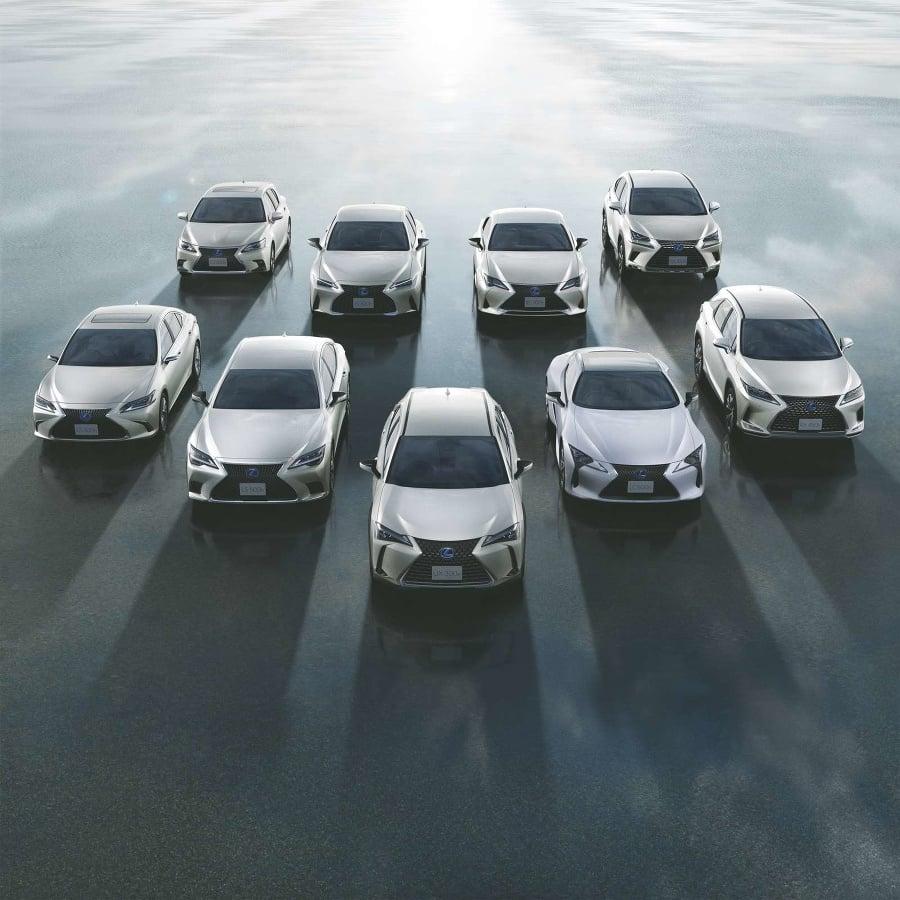 Lexus je priekopníkom elektrifikácie na trhu s luxusnými vozidlami.