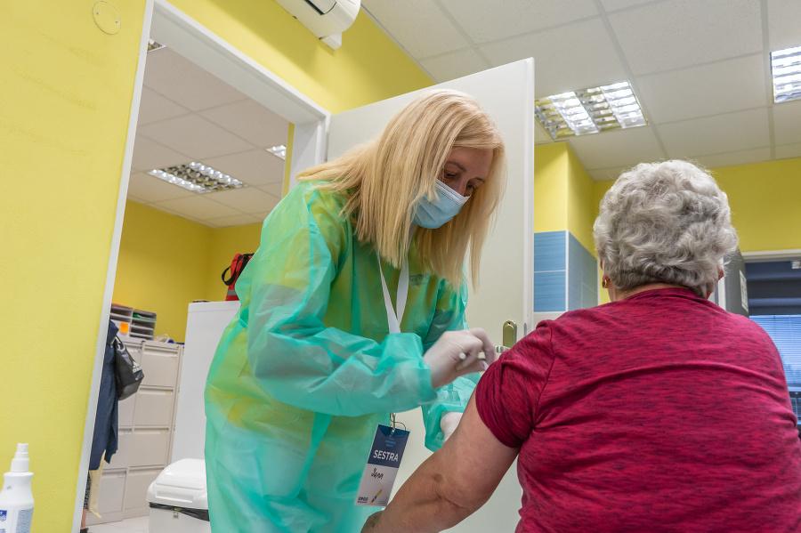 Očkovacie centrum v Pezinku