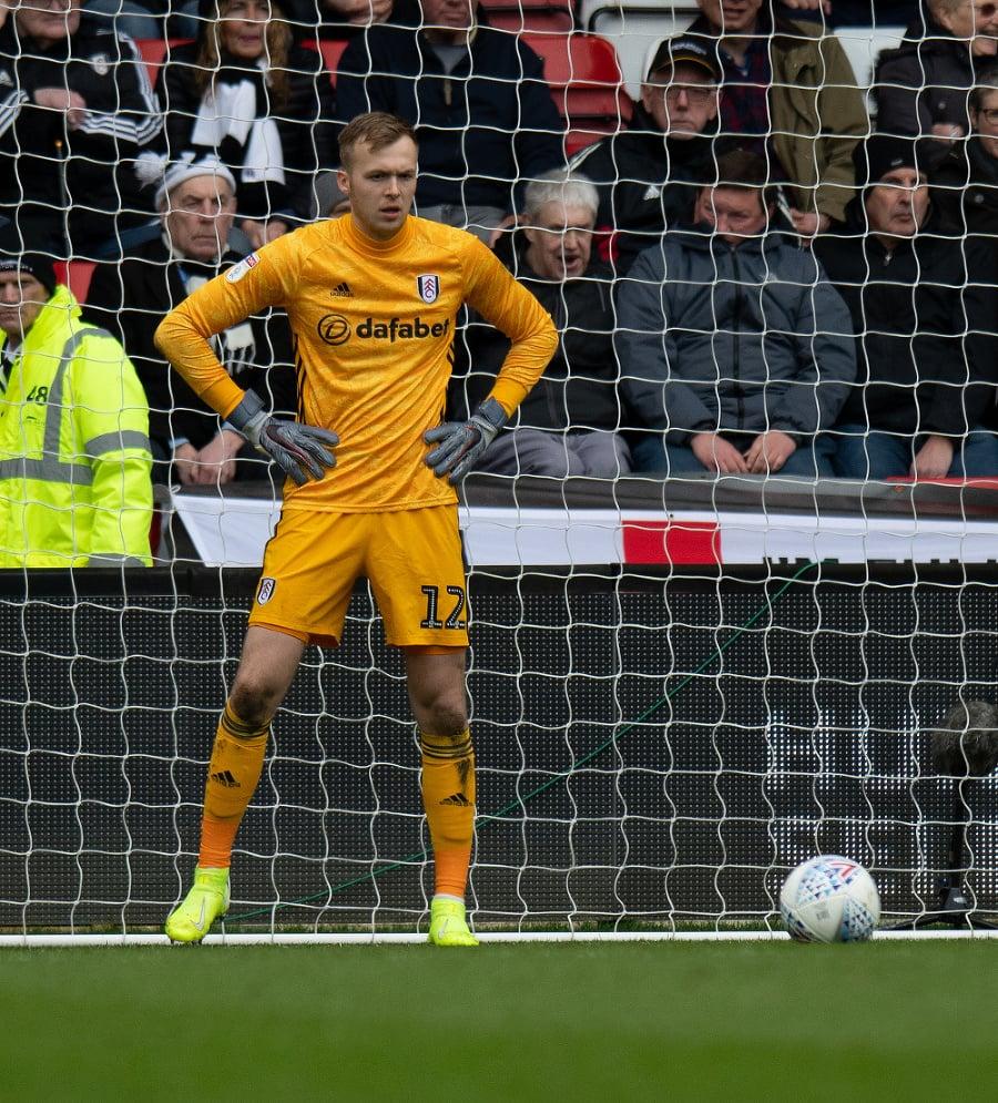 Brankár Fulhamu Marek Rodák.