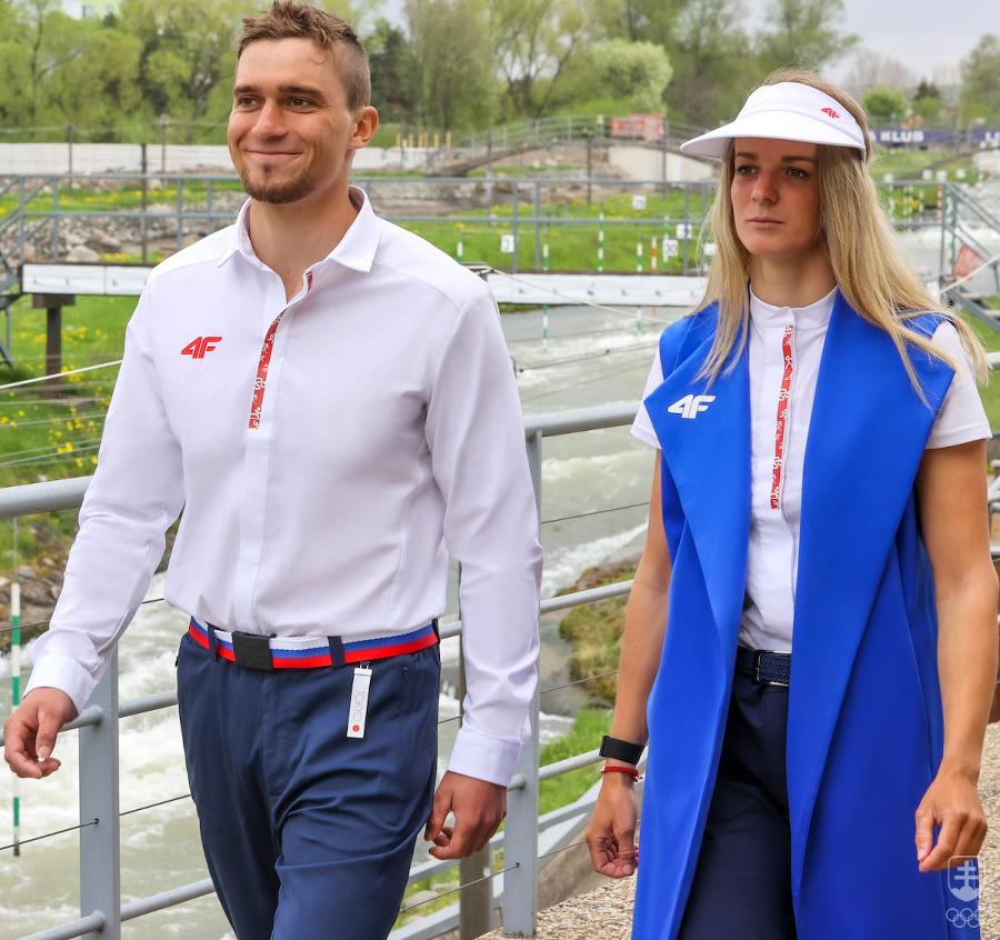 Oblečenie slovenských športovcov na