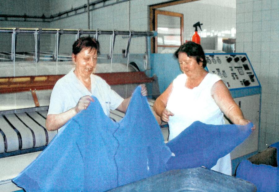 90. roky: Prácu mali