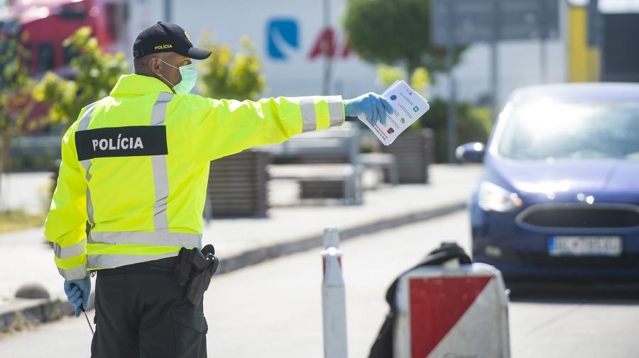 Policajná kontrola občanov na