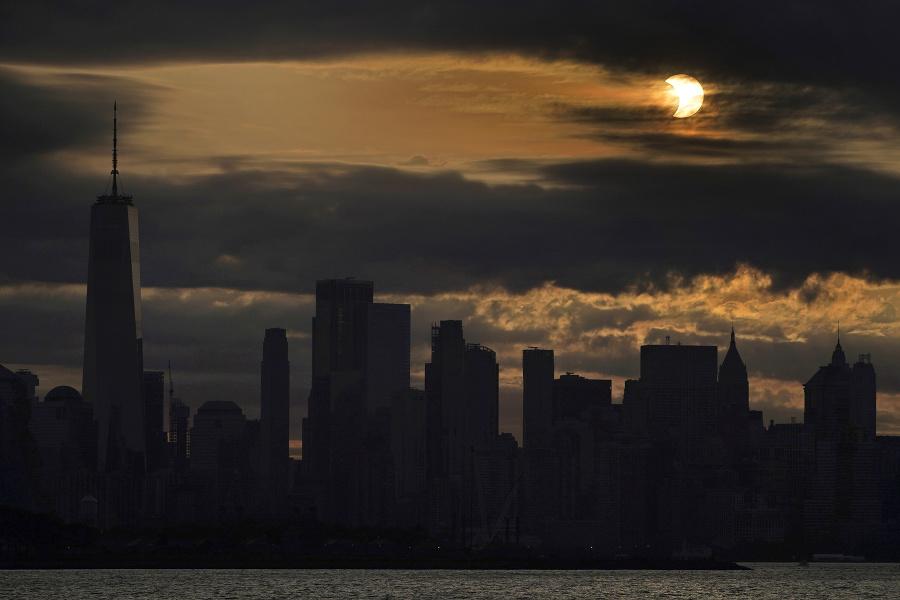 Zatmenie Slnka 10. júna