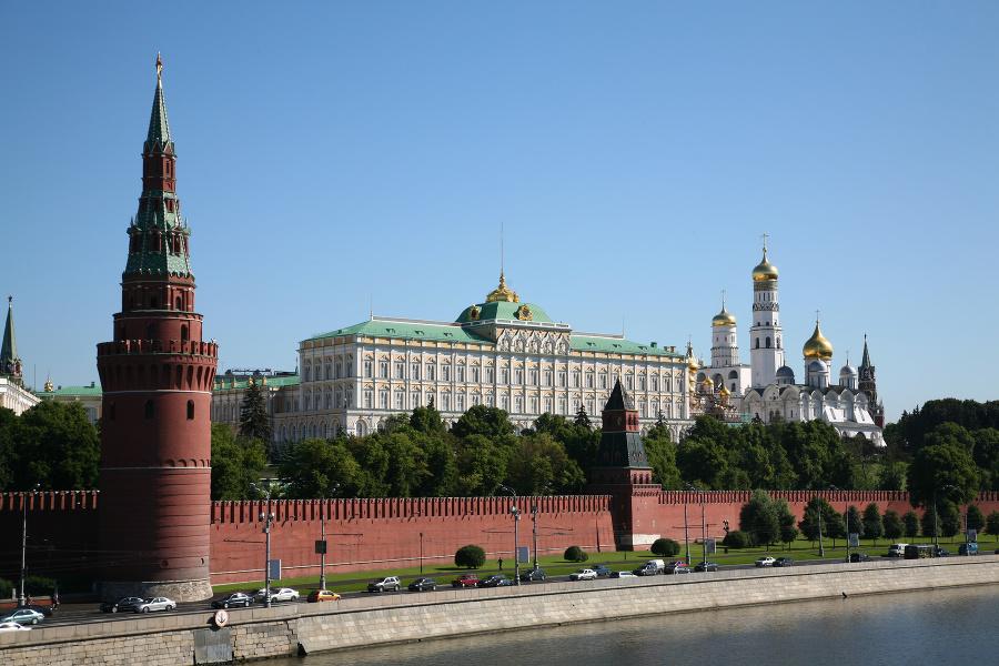 Kremeľ prenasleduje historikov, ktorí