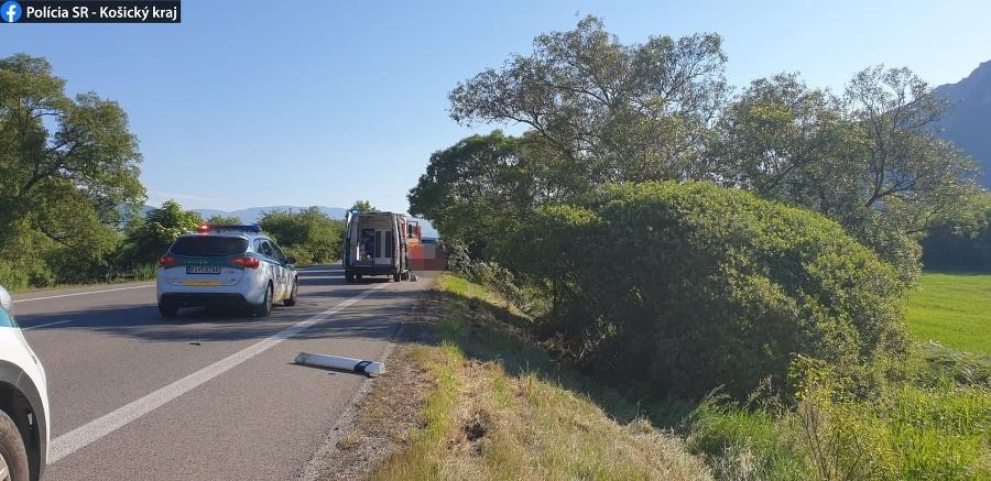 Vodiča na mieste nehody podrobili dychovej skúške na alkohol s negatívnym výsledkom.