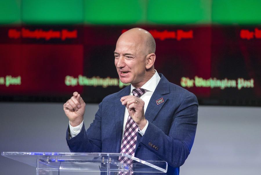 Americký podnikateľ Jeff Bezos.