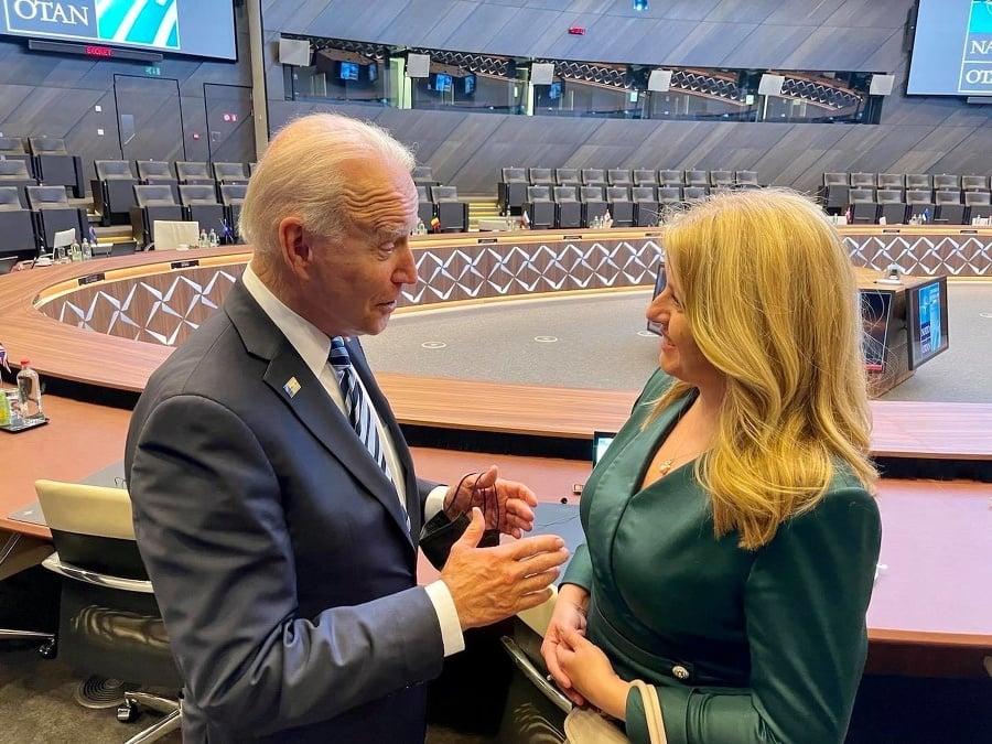 Zuzana Čaputová počas rozhovoru s prezidentom Bidenom.