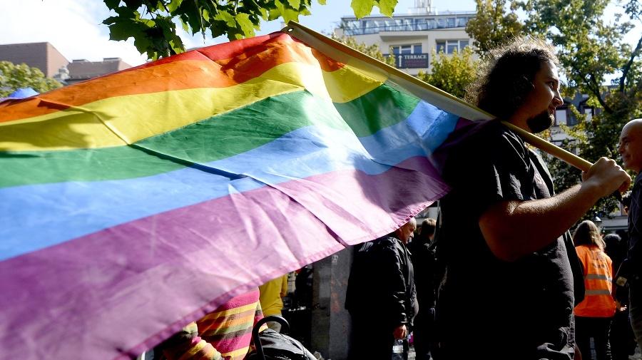 Tisíce ľudí protestovali proti