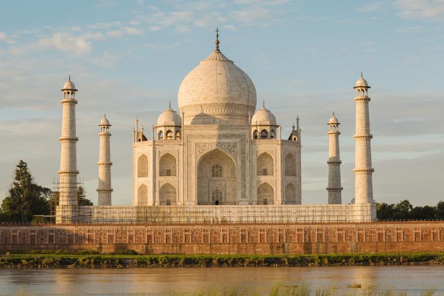 V Indii po dvoch