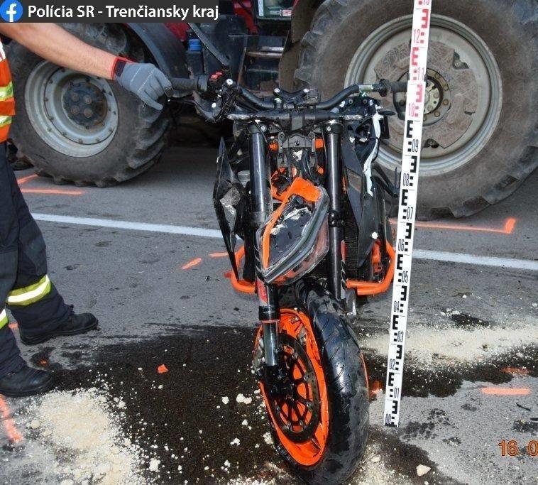 Tragická dopravná nehoda si vyžiadala život 35-ročného motocyklistu.