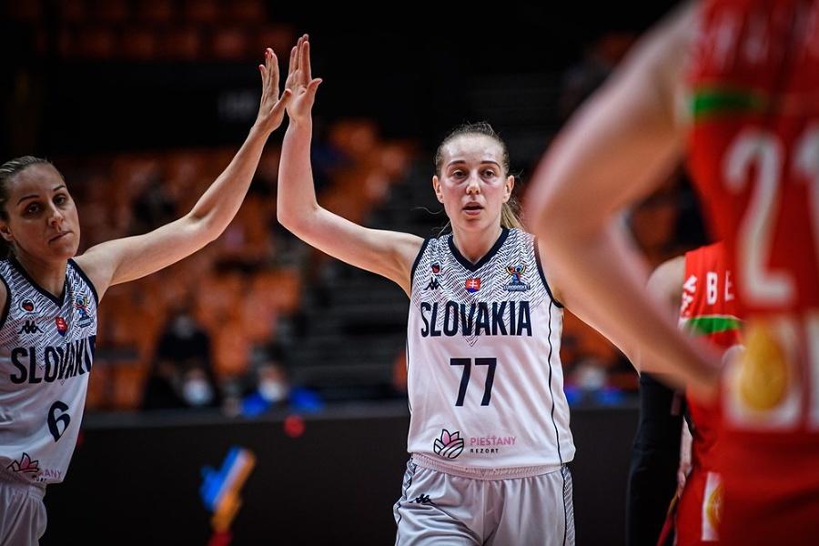 Slovenské basketbalistky sa tešia