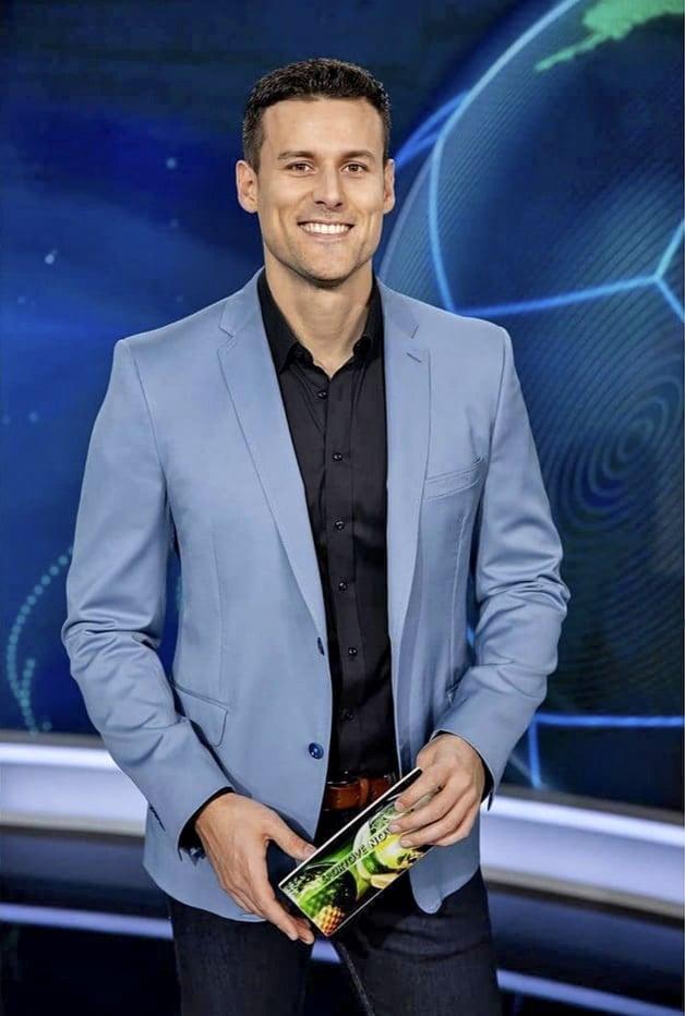Varinský je dlhoročnou tvárou televízie Markíza.