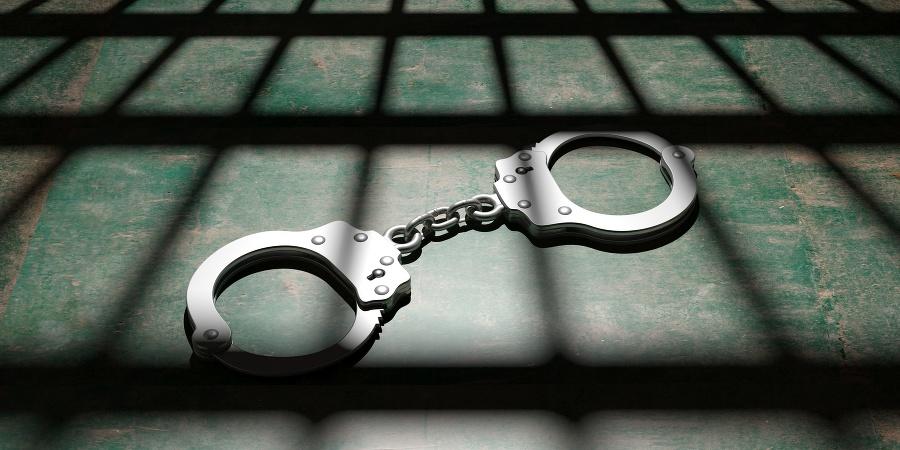 Obvineného architekta z policajnej