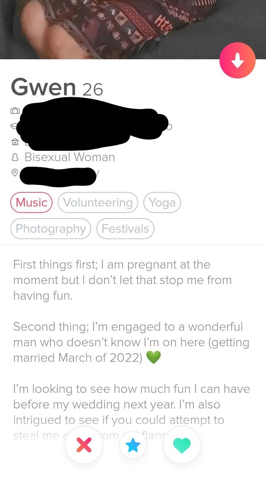 Tehotná budúca nevesta Gwen si založila konto na Tinderi.