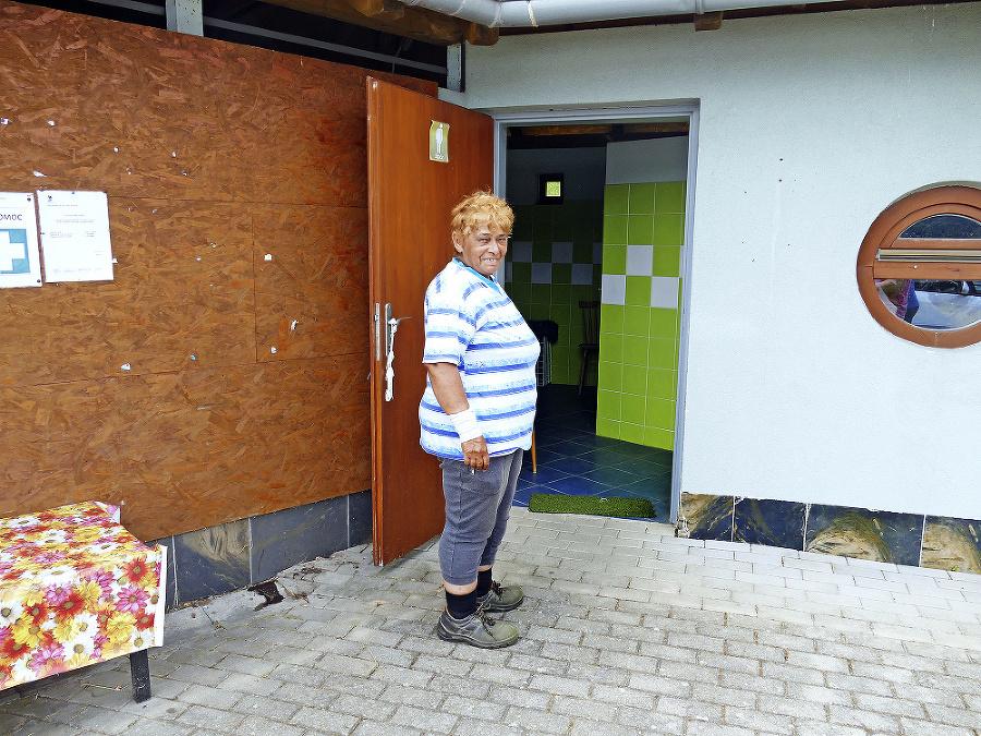 O čistotu sa stará toaletárka Mária Bohdanová a vidno, že sa jej to darí.