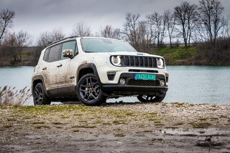 Jeep Renegade 4×e Plug-in hybrid v redakčnom teste pre auto motor a šport (foto: Juraj Hrivnák)