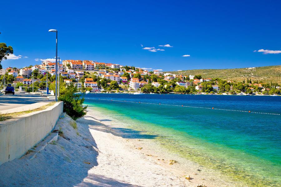 Rogoznica patrí k vyhľadávaným destináciam turistov.