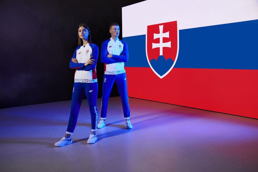 Súčasťou funkčného oblečenia olympijskej kolekcie sú aj teplákové súpravy, ktoré padnú vhod v prípade náhlej zmeny počasia.