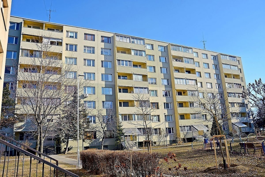 Na Slovensku unikátny súdny spor vznikol nezaplatením faktúr za práce stavebnej firmy. Domový správca ich pre výhrady vo finálnych prácach odmietol zaplatiť.