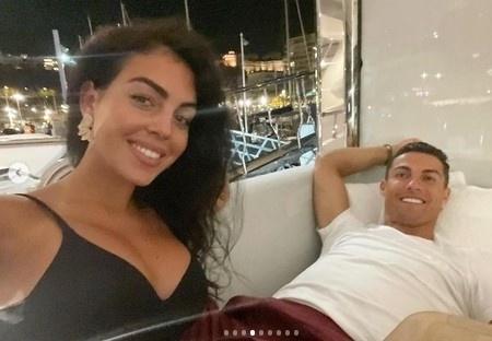 Ronaldova Georgina opäť na