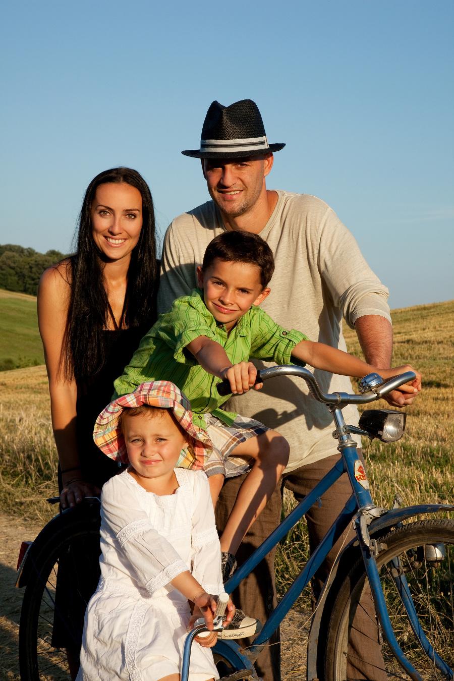 Šťastná rodinka pred tragédiou, ktorá zmenila Demitrovcom život.