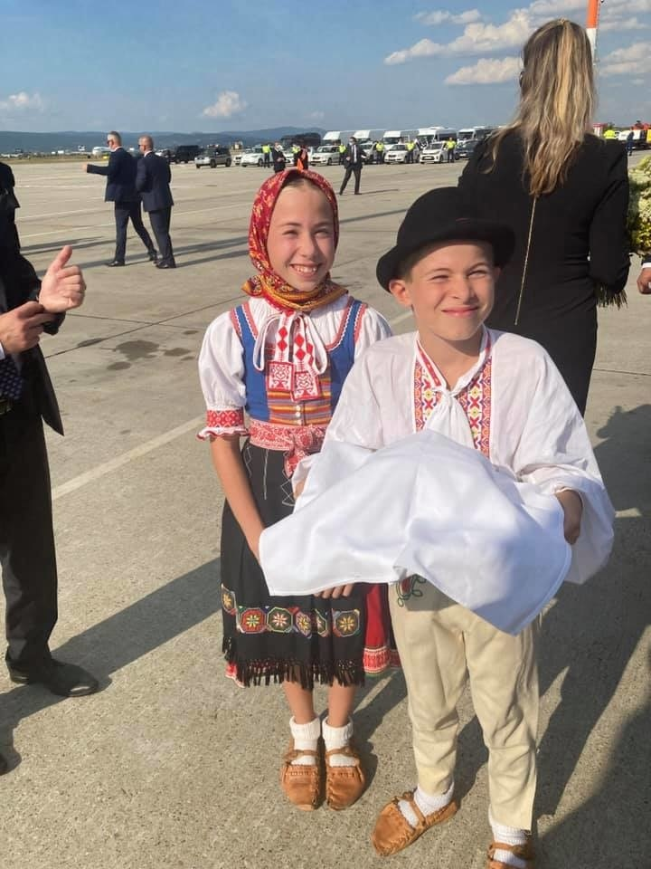 Liliana s Maximiliánom vítali