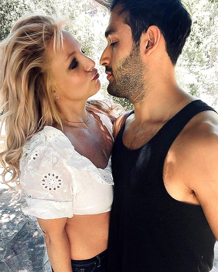 Britney a Sam tvoria pár už päť rokov.