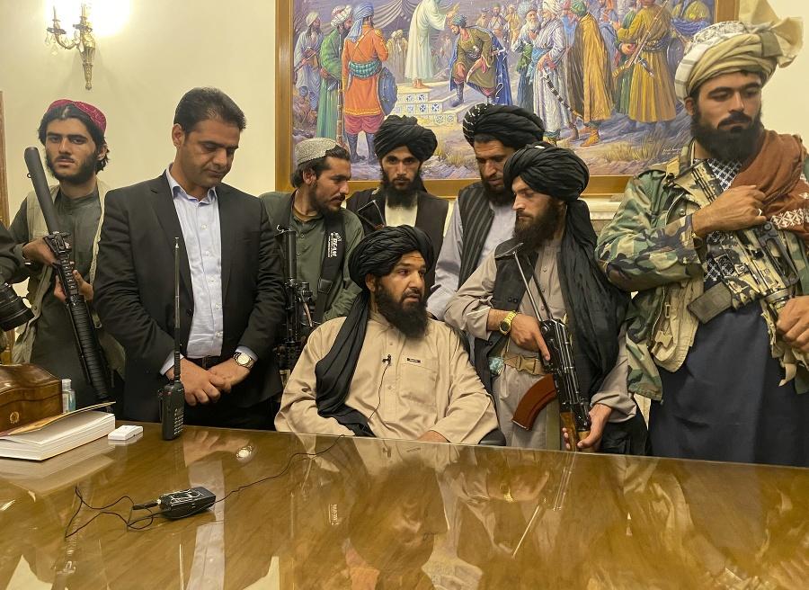 Členovia afganského radikálneho hnutia