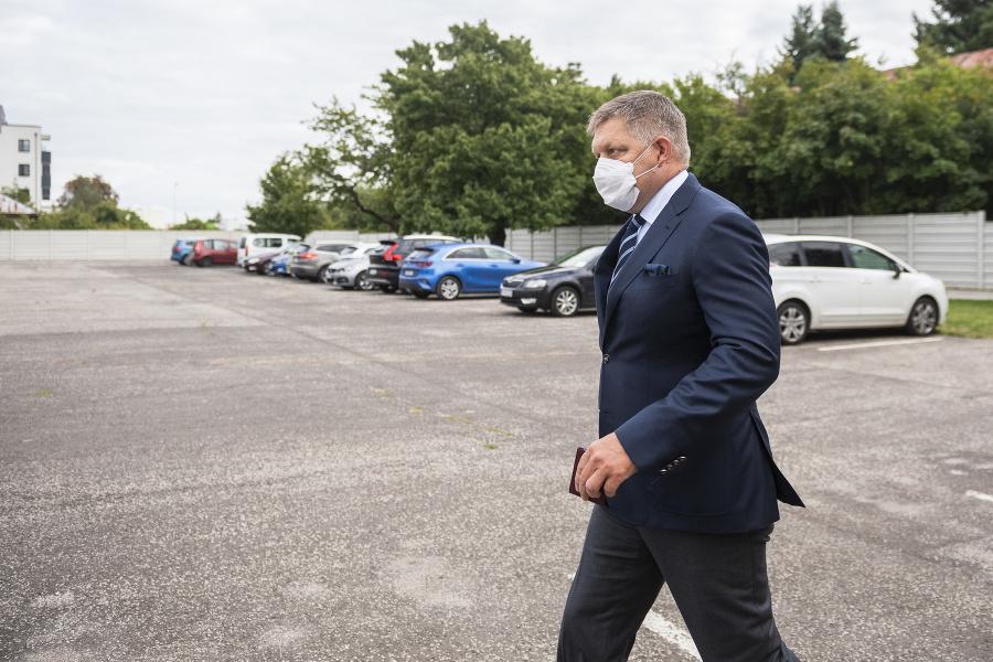 Robert Fico prišiel pozrieť na vyhlásenie rozsudku obžalovaného bývalého špeciálneho prokurátora Dušana Kováčika.
