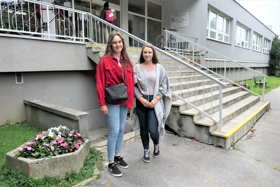 Sofia (20)  a Miška (20)