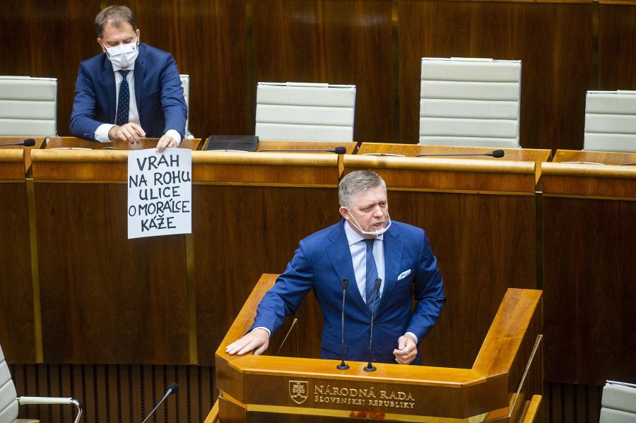 Minister financií SR Igor Matovič (OĽaNO) a poslanec NRSR Robert Fico (Smer-SD).