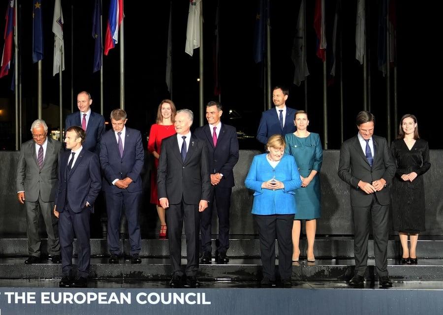 Lídri na slovinskom zámku diskutovali o obrane i vzťahoch s USA a Čínou.