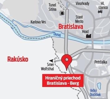 Na priechode Bratislava-Berg vyrastá