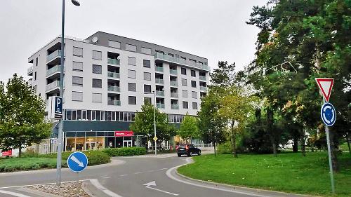 Centroom Piešťany: Budove hrozí