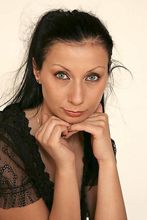 laborantka Lenka P. (30)