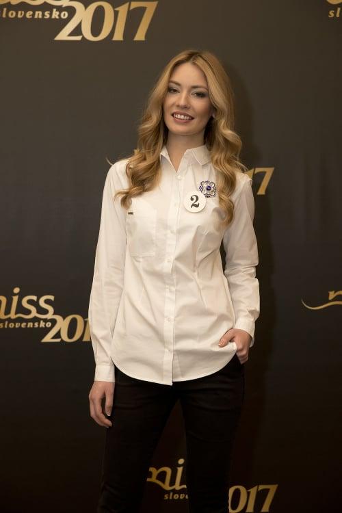Nina Albíniová