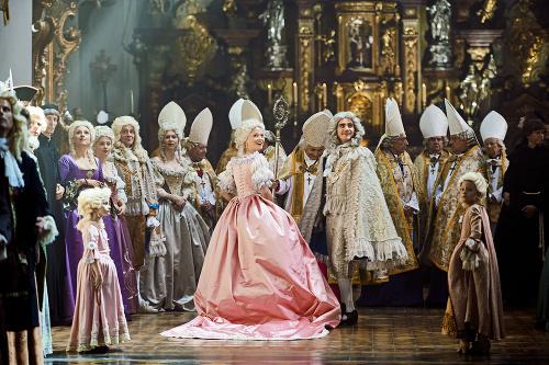 Za uhorskú kráľovnú Máriu