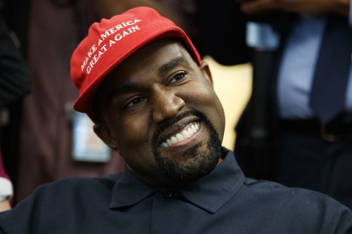 Kanye West v šiltovke