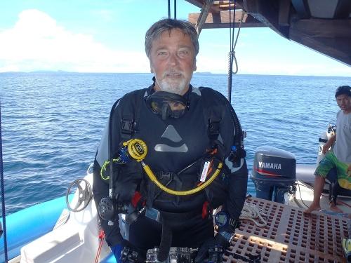Robert Hofrichter sa potápa