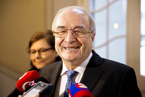 Guvernér NBS J. Makúch