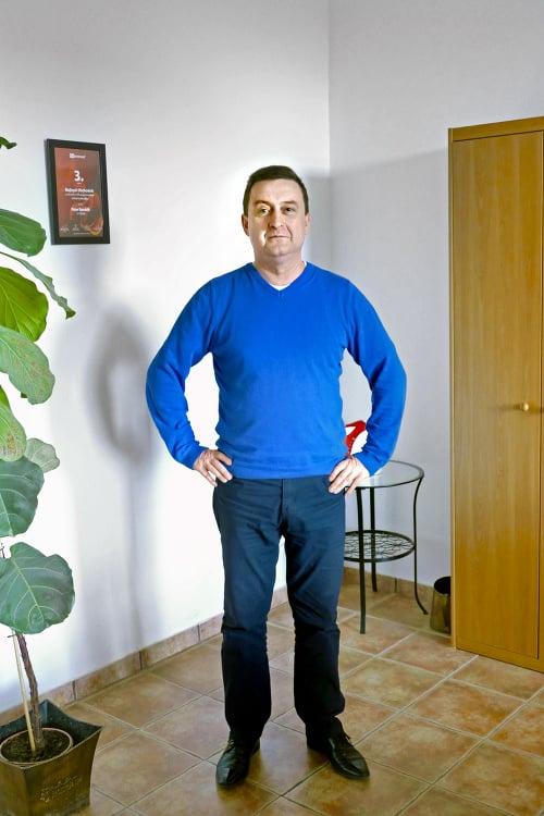Peter (49)
