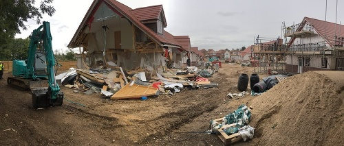Rumun búral domy týmto