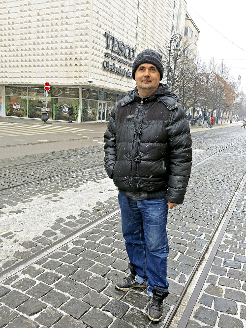 Miroslav Bednár (42), operátor,