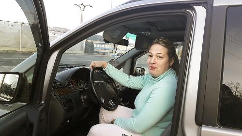 Zuzana (37)