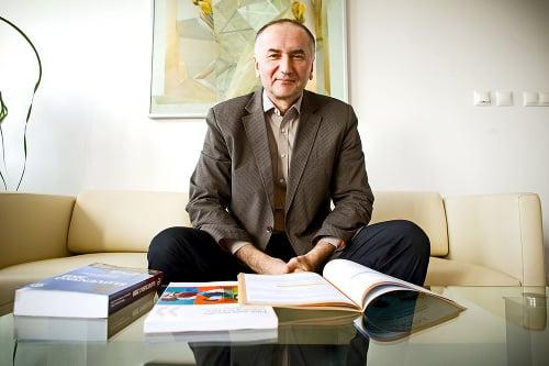 Eugen Jurzyca (56)