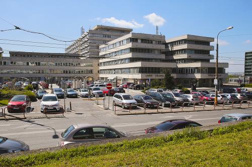 Najzadlženejšia je Univerzitná nemocnica