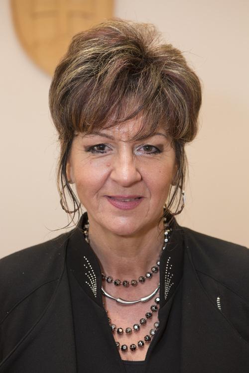 Alžbeta Osvaldová, Podunajské Biskupice