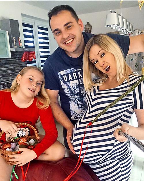 Tehotná Haasová trávila Veľkú