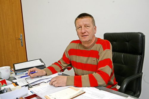 Dušan Antoš, Rusovce